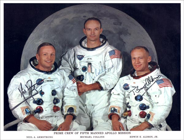 names of astronauts who circled the moon - photo #5