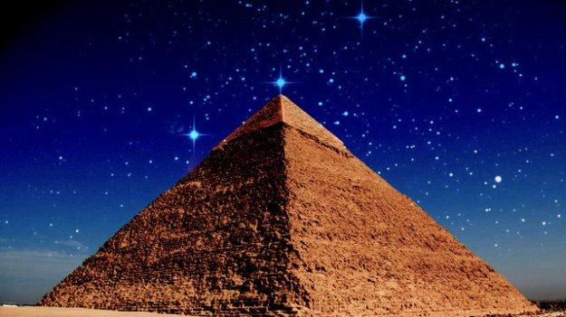 Pyramid of Khufu & Stars