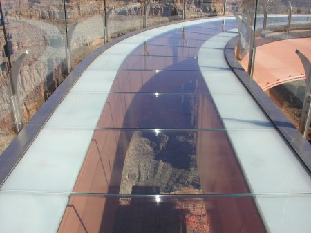 Grand Canyon Skywalk looking down