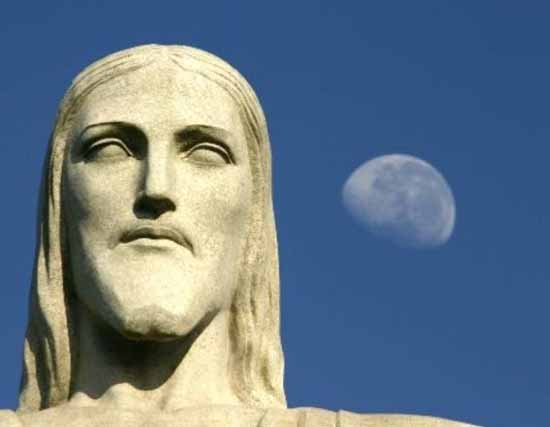 Christ the Redeemer and the Moon