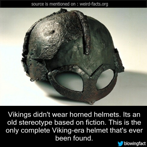 viking-dont-wear-helmets-with-horns