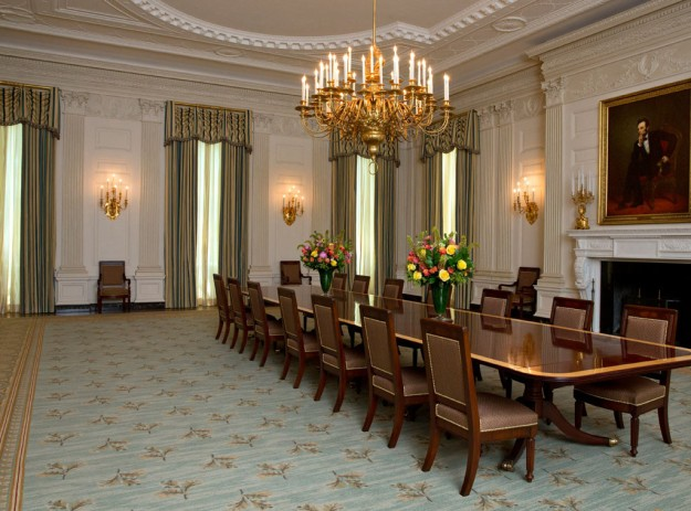 white-house-dining-room
