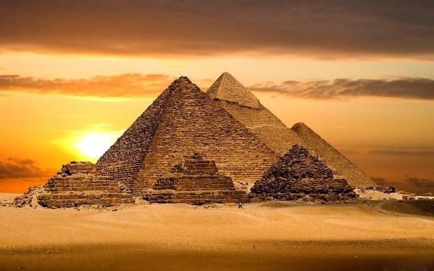 6 - Pyramid of Giza Virtual Tour