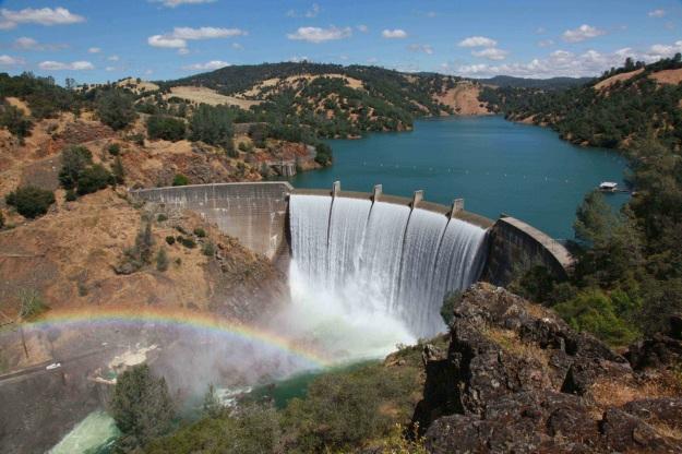 Dam and Rainbow
